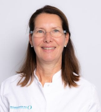Carlinde de Boer, orthopedisch chirurg